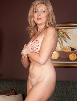Mature nudist group video