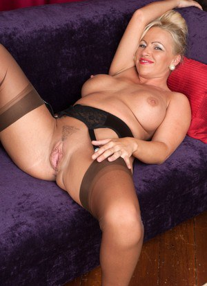 Good naked mature hard