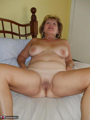 Mature Naked Old Women