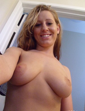 mature women nude selfies